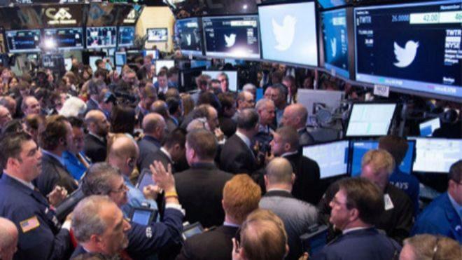 Twitter reporta aumento de usuarios e ingresos