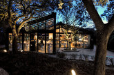 Una preciosa cabaña acristalada, de diseño escandinavo, ideada por...