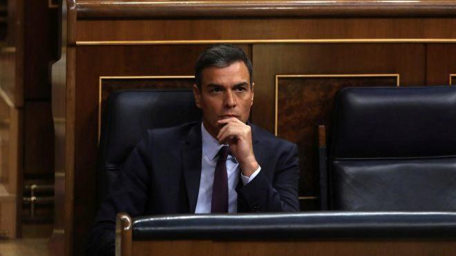 El presidente del Gobierno en funciones, Pedro Sánchez, en el...