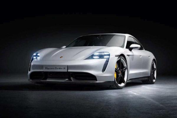 Porsche anunció su increíble coche eléctrico de 185.000 dólares