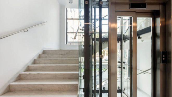 Instalar un ascensor es obligatorio cuando el precio sea razonable
