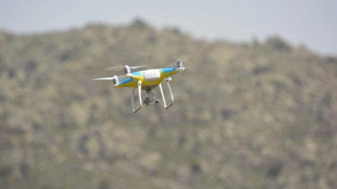 Un dron puede espiar, pero no multar por exceso de velocidad