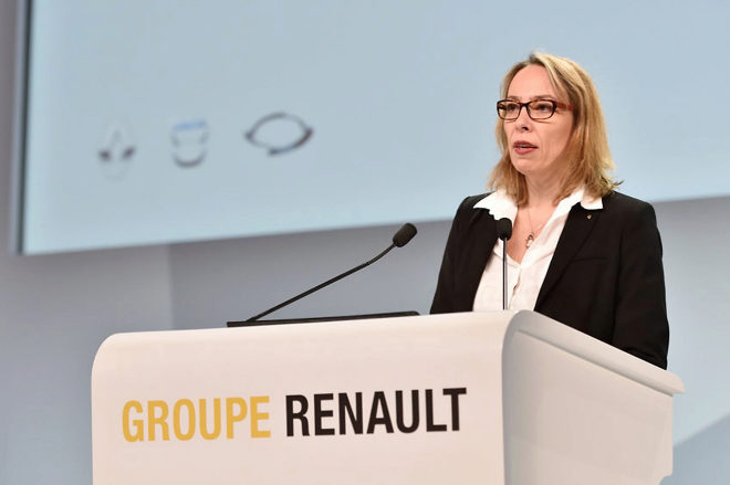 Renault despide a su director general