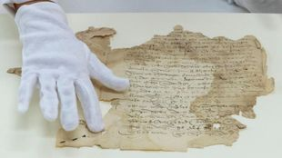 Original del testamento de Magallanes, firmado también por ElCano,...