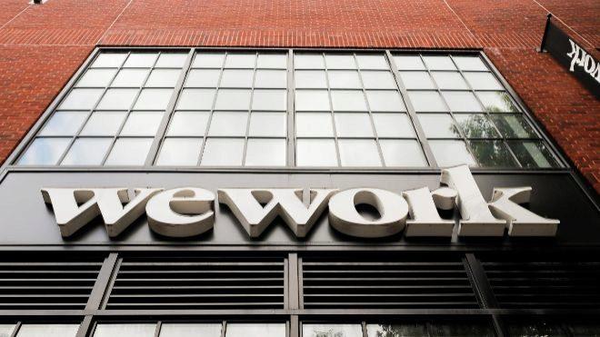 Softbank Group salva a la compañía de trabajo compartido WeWork