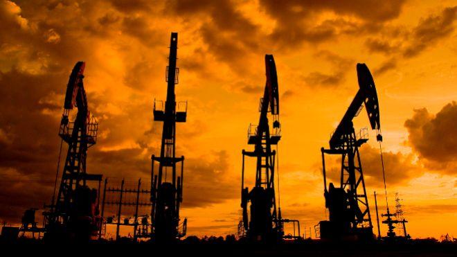 Rusia acusa a Estados Unidos de traficar petróleo desde Siria