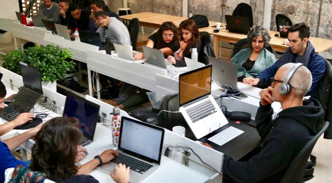 Grupo de estudiantes del <em>bootcamp</em> de Skylab...