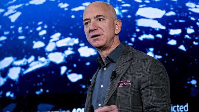 Amazon culpó a Trump por perder un contrato con el Pentágono