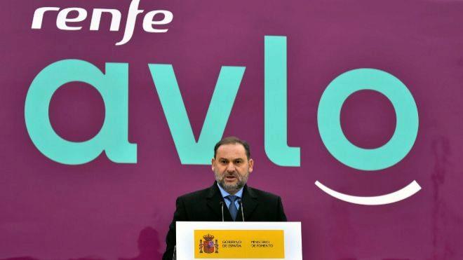 El ministro de Fomento en funciones, José Luis Ábalos, en la presentación de AVLO.