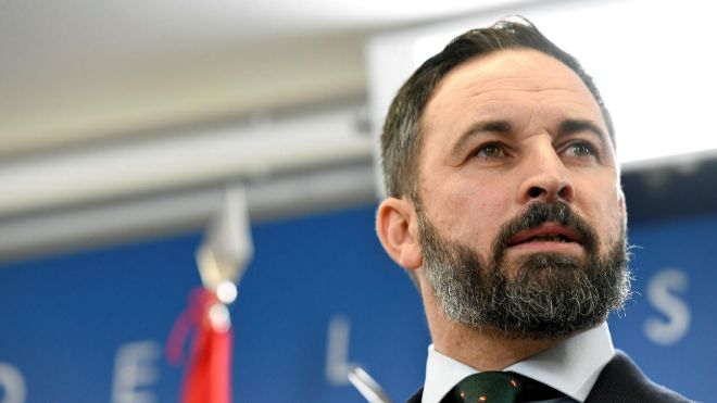 El líder de Vox, Santiago Abasca, este miércoles, durante la rueda de prensa que ha ofrecido en el Congreso de los Diputados.