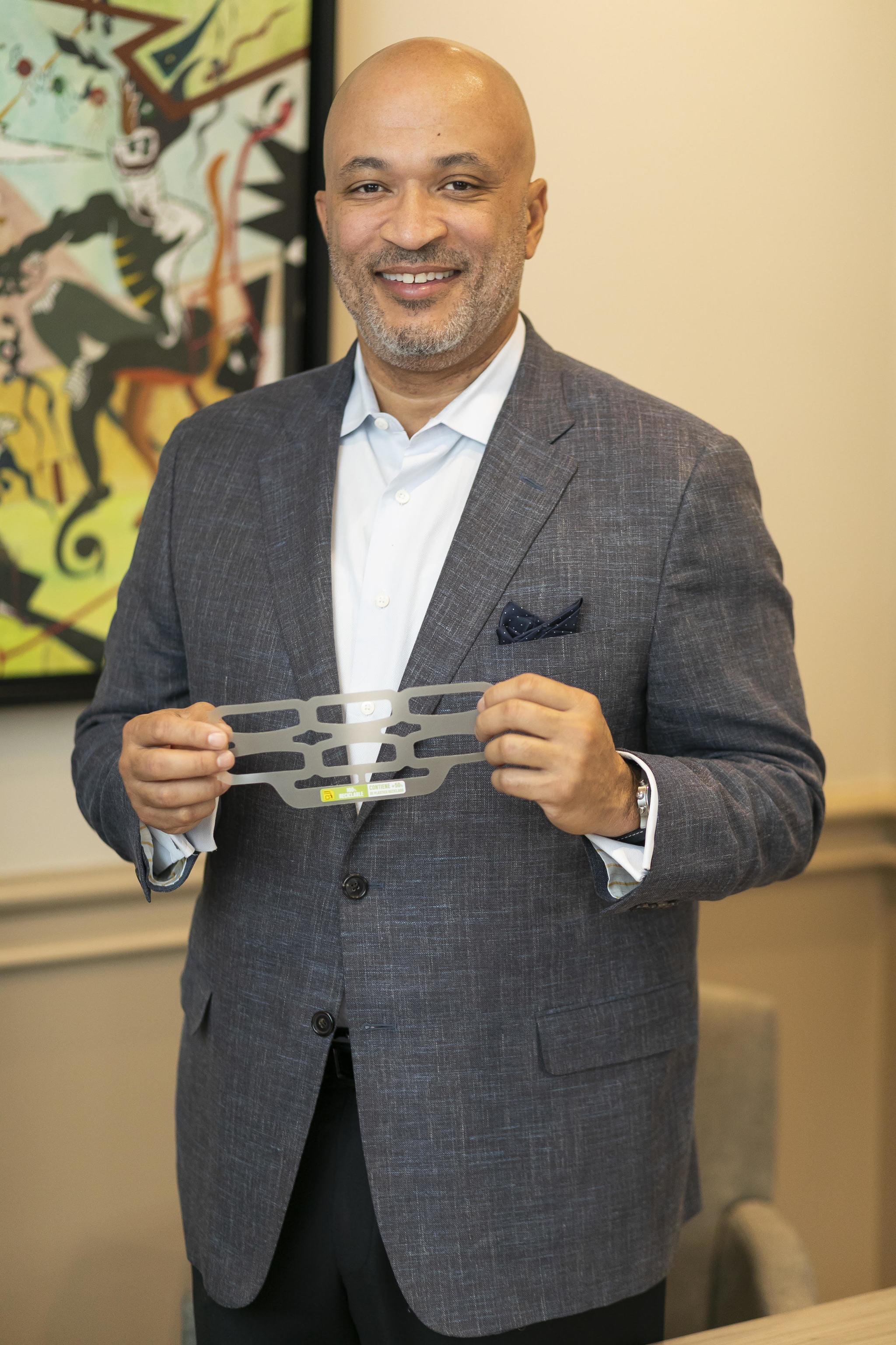 Shawn Welch, vicepresidente y director general de Hi-Cone.