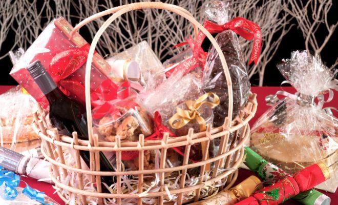 ¿Si le toca una cesta o un premio en un sorteo navideño tiene que pagar impuestos?