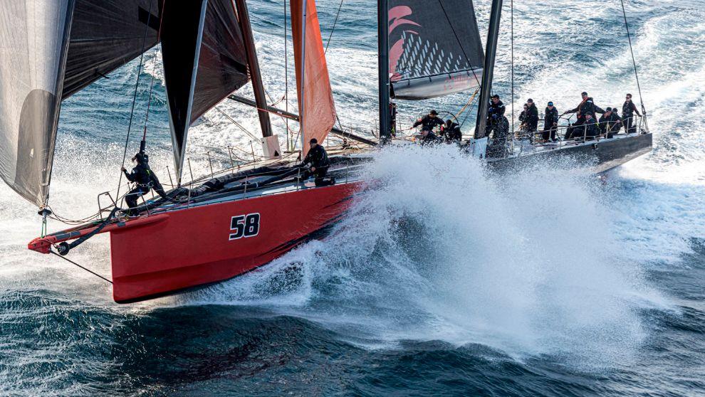 La embarcación del Comanche disputando la regata Rolex Sidney to...