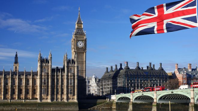 El PIB del Reino Unido se contrajo un 0,3% en noviembre | Economía