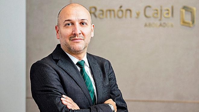 Alfonso Cárcamo se incorpora a Ramón y Cajal Abogados