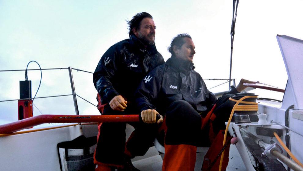 John Elkann, a la caña del Maserati Multi 70, junto al patrón...