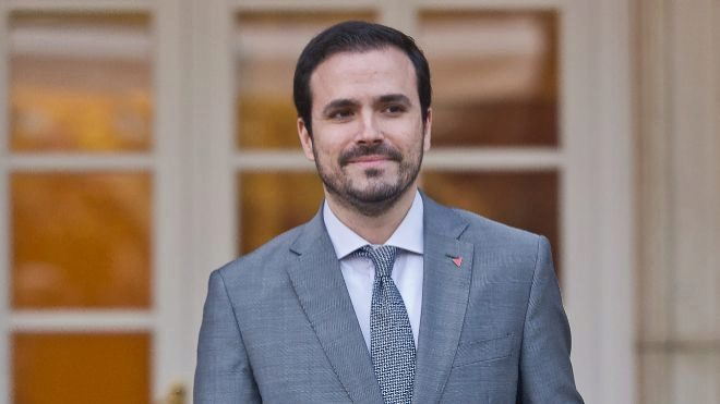 Garzón anuncia su interés en regular la publicidad de las casas de apuestas