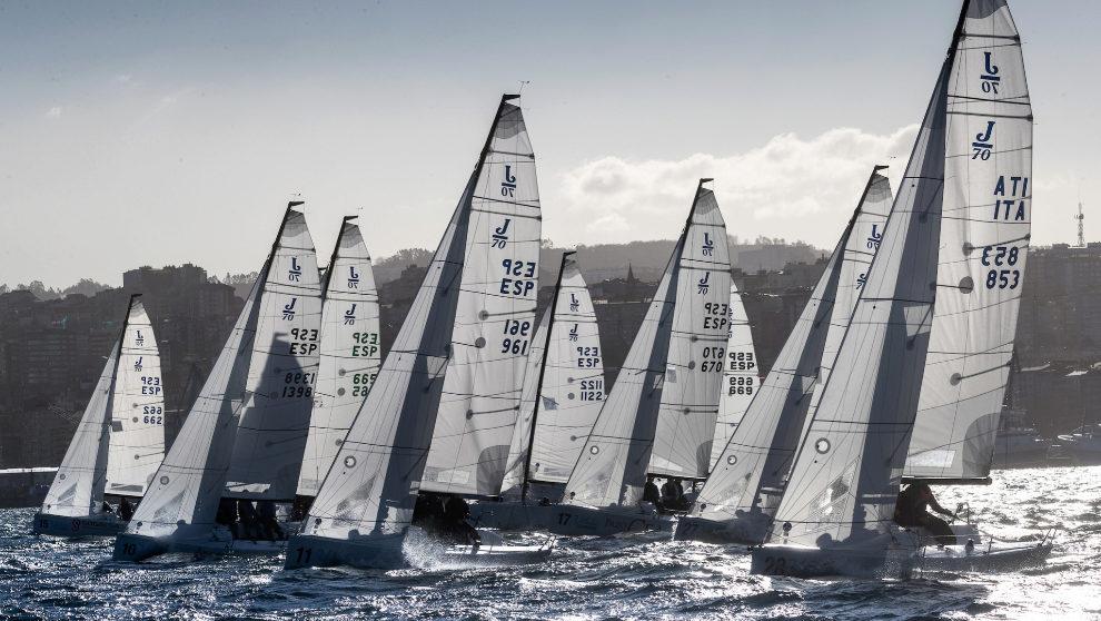 La flota de J70 en una imagen de archivo. | MARÍA MUIÑA