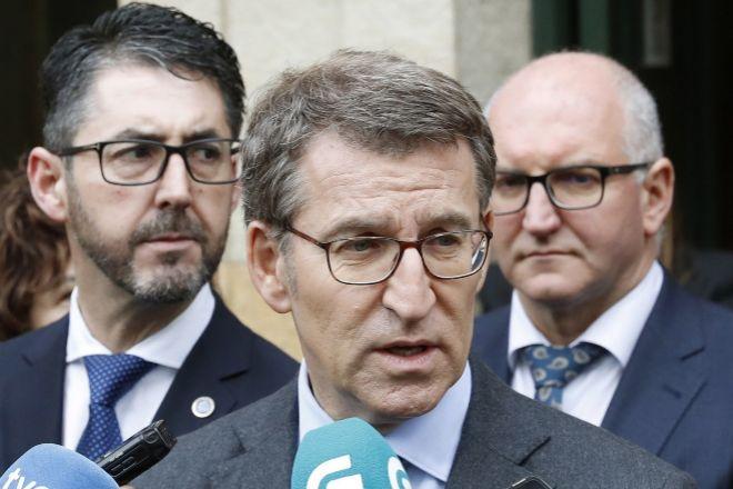 El titular del Gobierno gallego, Alberto lt;HIT gt;Núñez lt;/HIT gt; lt;HIT gt;Feijóo lt;/HIT gt; (c).