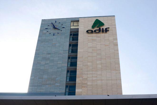 Edificio de Adif.