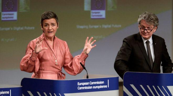 La vicepresidenta ejecutiva y comisaria de Competencia de la UE,...