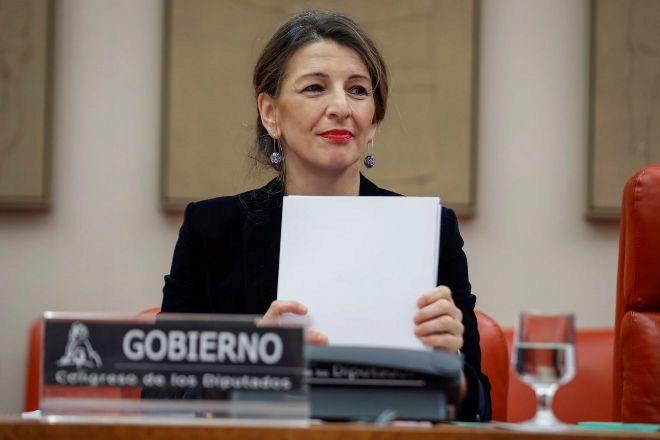 La ministra de Trabajo y Economía Social, Yolanda Díaz, durante su...