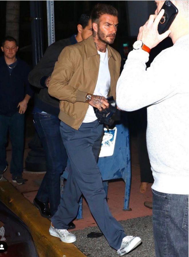 David Beckham estrenó las zapatillas de la línea Dior Mens, que cuestan 790 euros, en Miami,