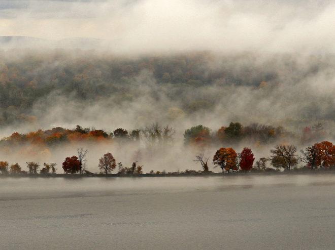 """Fotografía de Carolyn Marks con el título """"The Other Side of the River I"""" (2019)."""