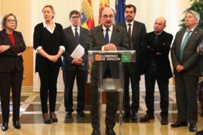 Empresarios y sindicatos se coordinan con el Gobierno de Aragón contra el coronavirus