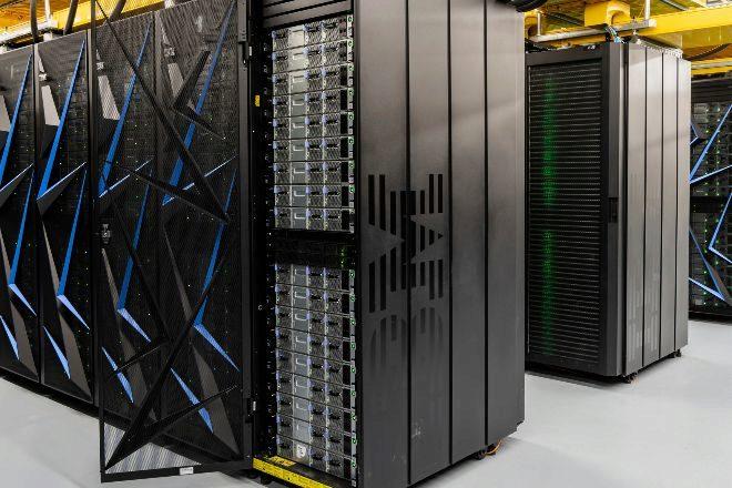El superordenador Summit de IBM se está utilizando en la...