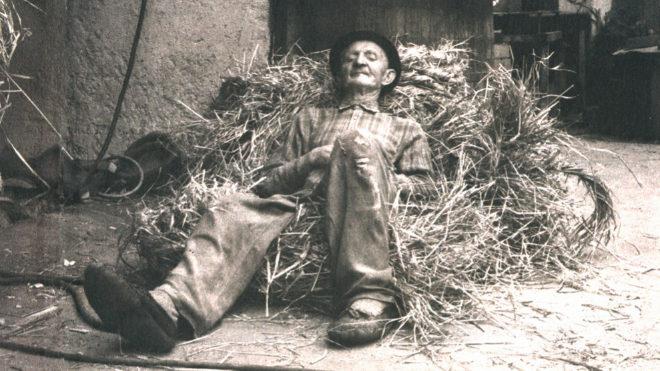 """Imagen que ilustra la inspiración de los creadores de Sacco: el """"colchón"""" improvisado de paja en el que descansaban los campesinos."""