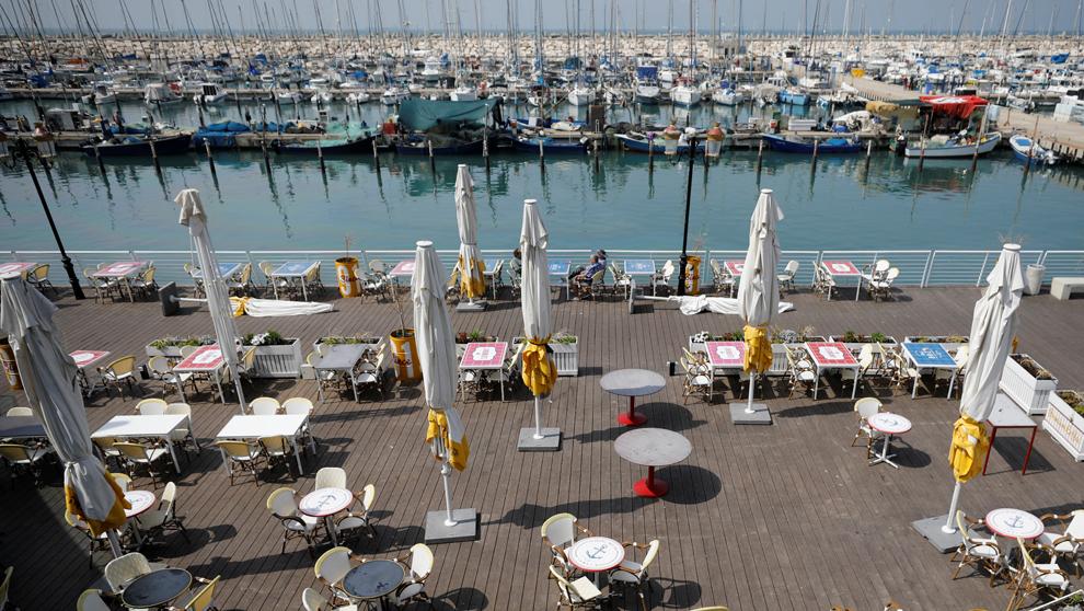 La marina Ashkelon, Israel, este lunes tras el cierre decretado.  ...