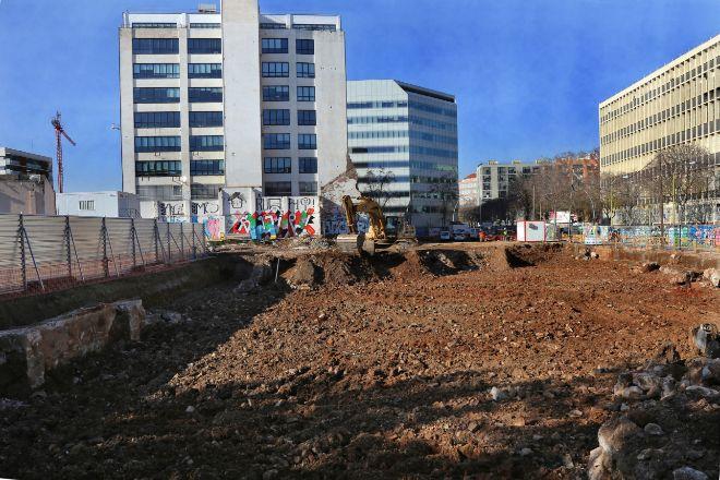 Obras de una promoción inmobiliaria en el distrito barcelonés de...