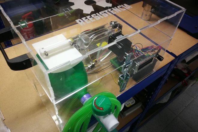 Aparato de respiración artificial impreso en 3D por la comunidad...
