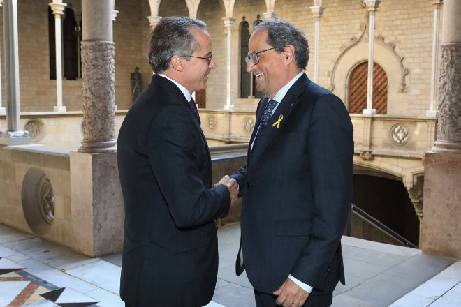 El presidente del Círculo de Economía, Javier Faus, junto al...