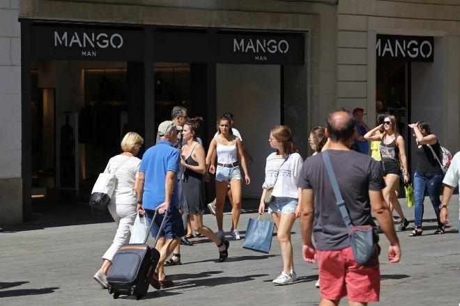 Tienda de Mango en Barcelona, en una imagen de archivo.