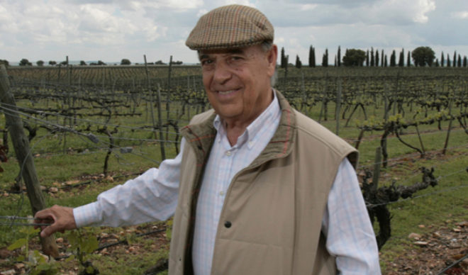 Fallece Carlos Falcó, padrastro de Enrique Iglesias, por Covid-19
