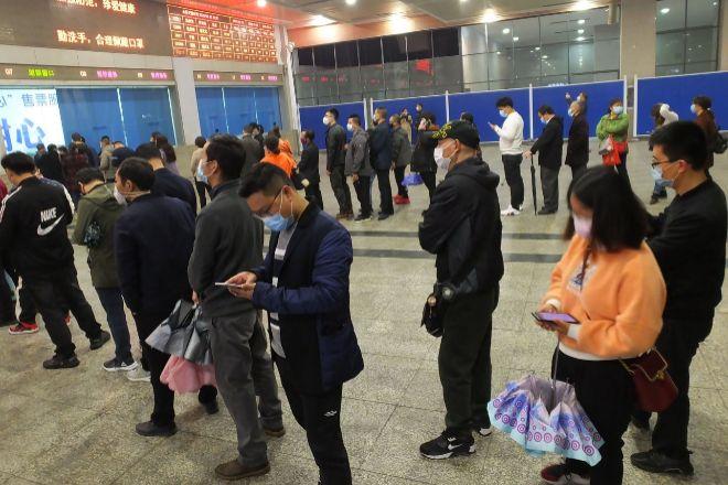 China cierra sus fronteras para evitar un rebrote — Coronavirus