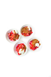 <strong>Ingredientes</strong> *300 g de fresas *40 g de dátiles...