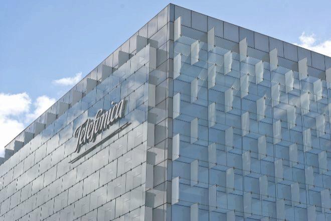 Telefónica divide a los analistas sobre sus perspectivas en Bolsa