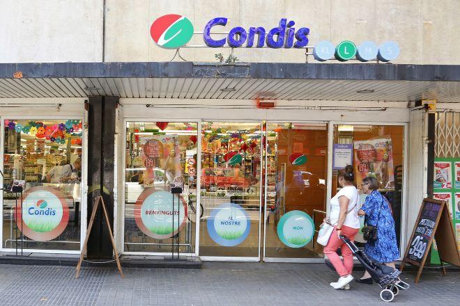Local de Condis en la Avenida del Paral·lel de Barcelona, en una...