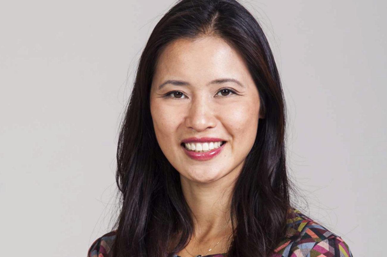 La televisiva Xuan-Lan, autora de Mi diario de yoga y Yoga para mi...