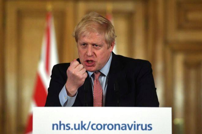 Boris Johnson, el primer ministro británico, continúa en el hospital...