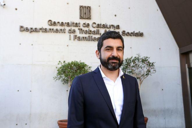 El conseller de Treball i Afers Socials, Chakir el Homrani (ERC), en...