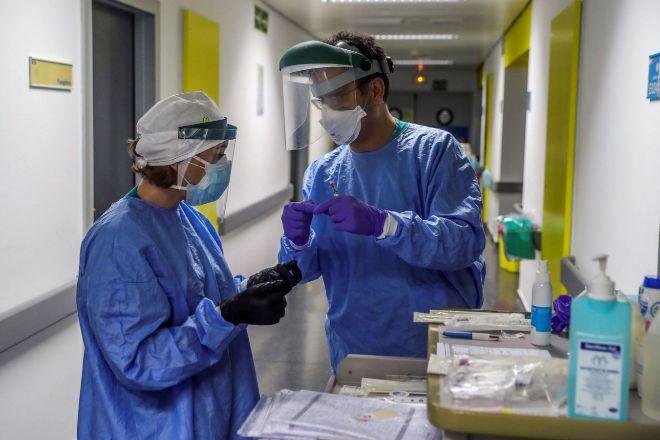Personal sanitario del Hospital Puerta del Hierro, en Madrid.
