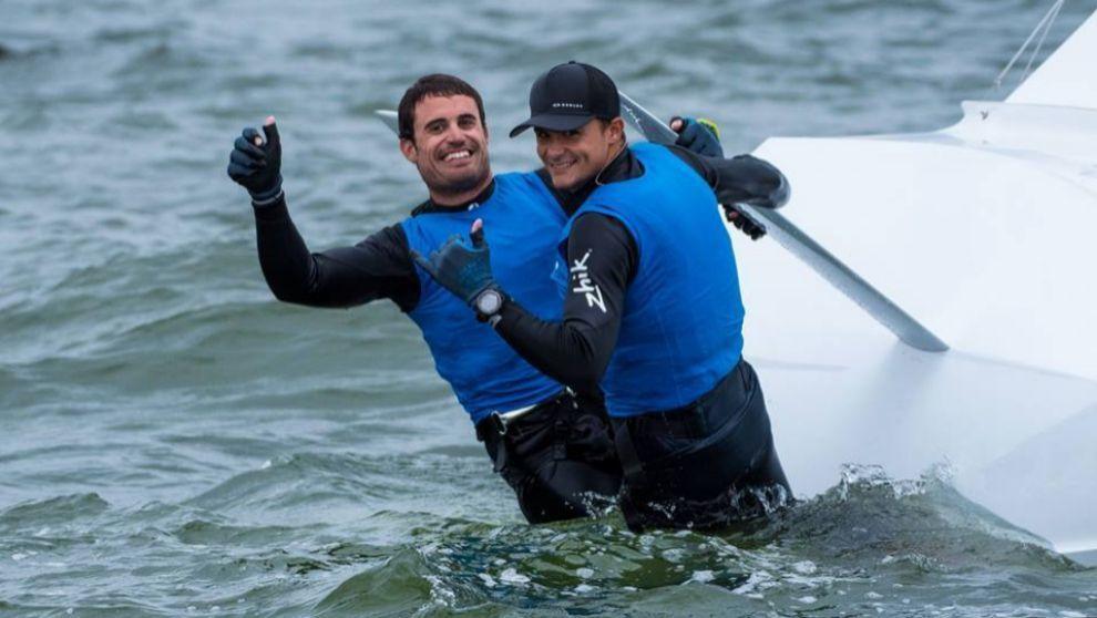 Diego Botín (dcha.), junto a Iago López-Marra, tras proclamarse...