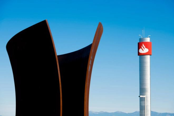 Economía: Destina Santander 100 mde a iniciativas contra Covid-19