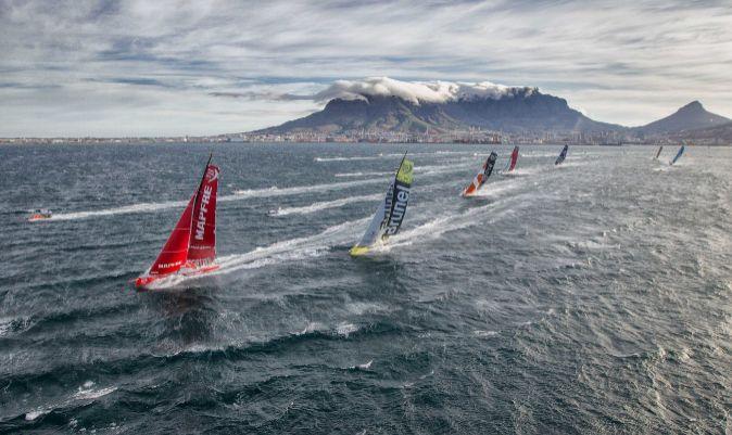 La flota de la Volvo Ocean Race 2017/18, saliendo de Ciudad del Cabo. | A.SÁNCHEZ