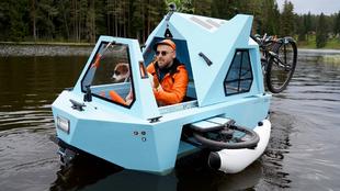 Lauzis, navegando en el prototipo Z-Triton en Smiltene | JANIS LAIZANS...
