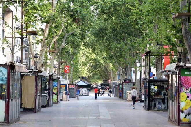 Las Ramblas de Barcelona, vacías el pasado lunes por la tarde.